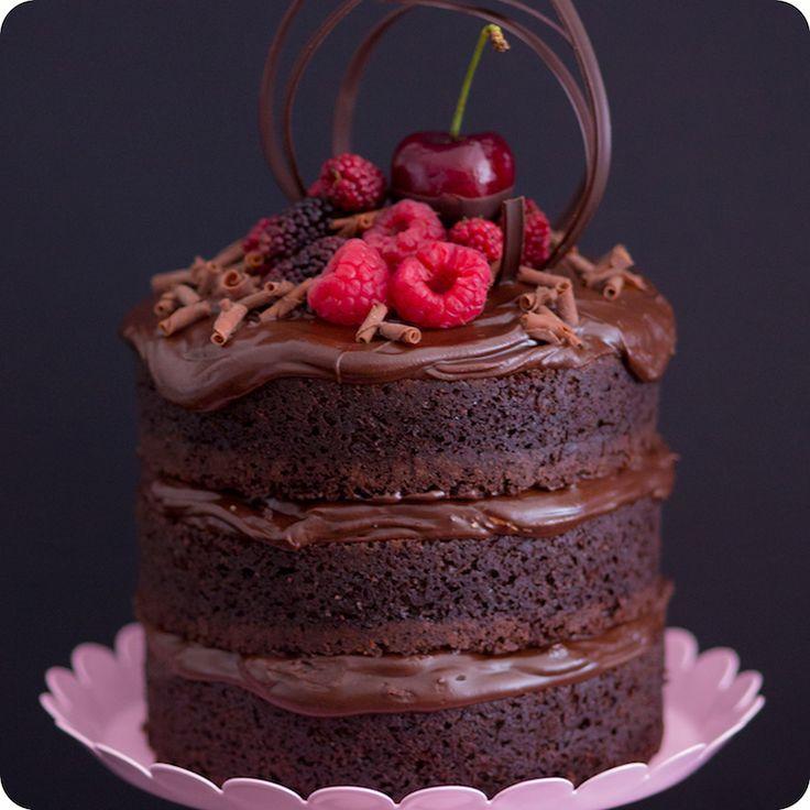 Mini Naked Cake de chocolate com Nutella | Vídeos e Receitas de Sobremesas