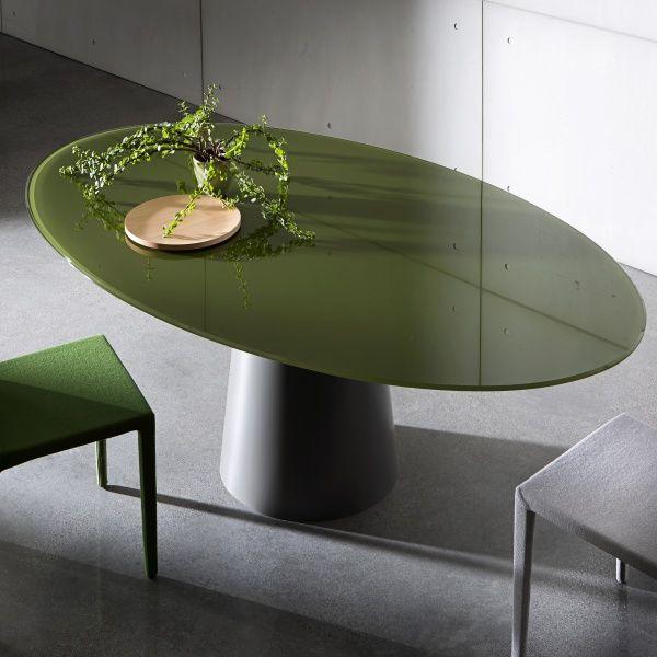 Les 25 meilleures id es de la cat gorie table ovale sur for Table de salle a manger ovale avec rallonge