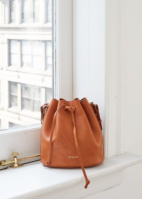 Bourse Farrow - 7 days in New York  www.sezane.com  #sezane #7daysinnewyork #collectionautomne