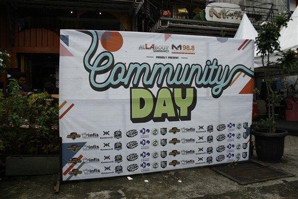 Community Day Program besutan M Radio Surabaya, yang cukup seru dan kece !!