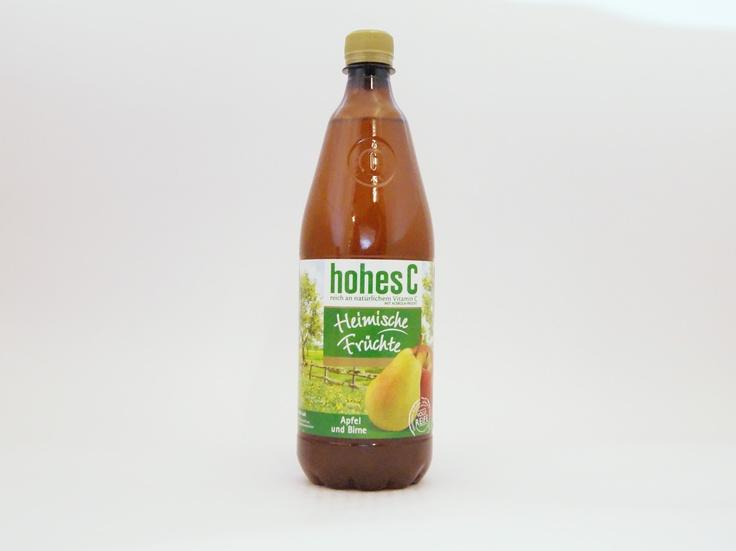 """Für die Sorte """"Heimische Früchte Apfel und Birne """" werden Äpfel und Birnen aus Deutschland und Österreich verwendet, die über die Acerola-Frucht noch ein Plus an Vitamin C erhalten. #hohesc #fruchtsaft #saft #drinks #food #apple #apfel #birne"""