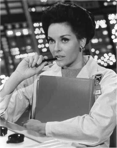 "Lee Meriwether in The Time Tunnel (""Tunel do Tempo"")"