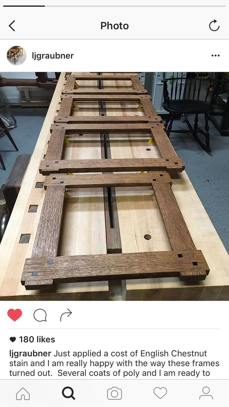 Beautiful picture frame with half lap joinery