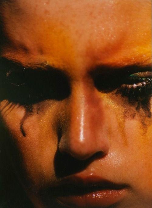 """Elina Kechicheva // """"pra ser mulher, tem que ter um toque de tristeza..."""" tom jobim"""