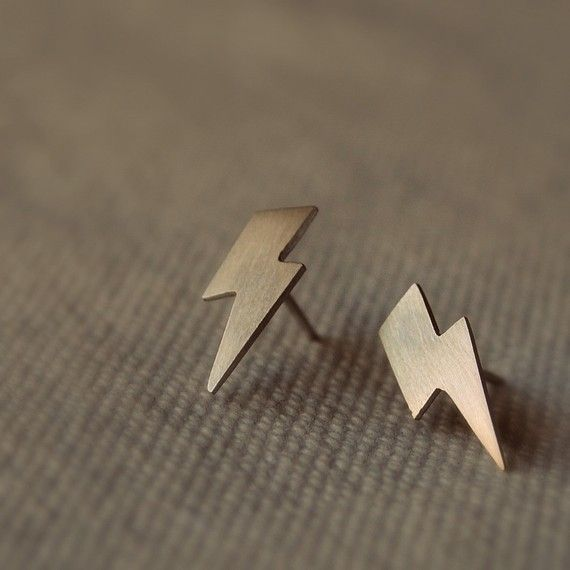 Lightning Bolt Stud Earrings! $35 I so want this!!