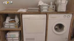 Steigerhout werkblad en opbergruimte naast de wasmachine en droger