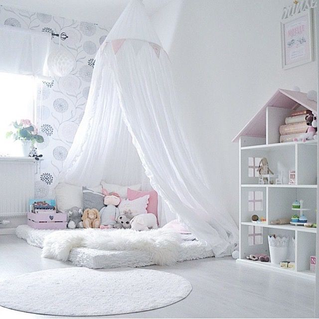 what a sweet girls room with bed on the floor...