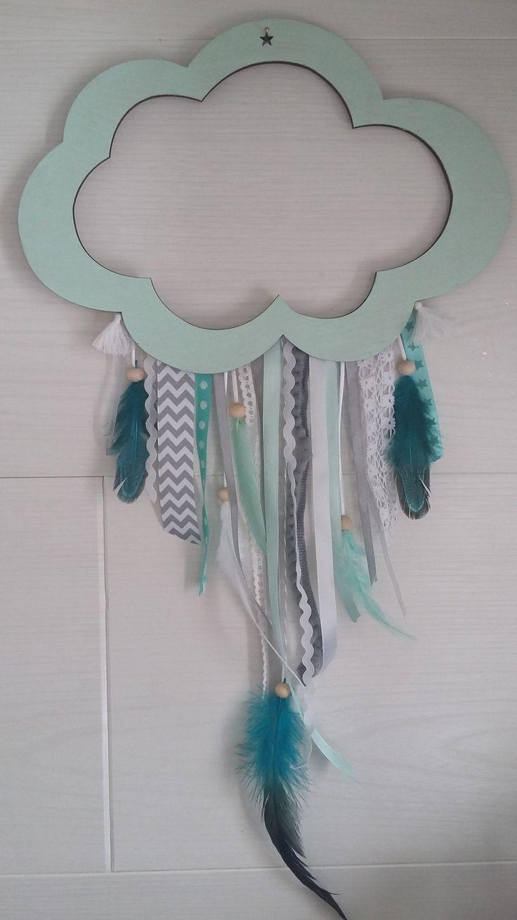 Attrape-rêves nuage en bois vert d'eau et bleu canard : Chambre d'enfant, de bébé par les-etoiles-de-julian