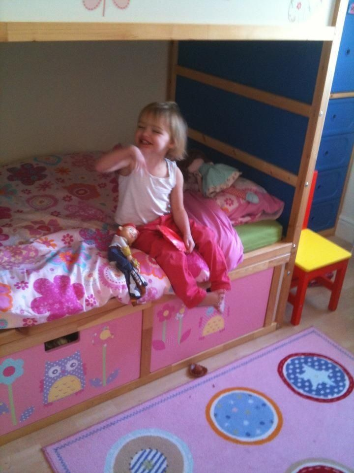 Materials: 2 Kura beds, 3 Stuva drawers 60×35. Description: Needed bunk beds for my twin daughters but already had a Kura bed that my son had been using. Decided to buy another Kura bed second hand and essentially used one complete and the base of another. In order to add storage, raised the height of [&hellip