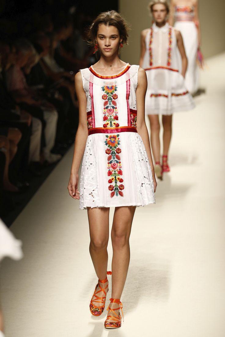 Vestidos blancos para primavera 2014 | ActitudFEM