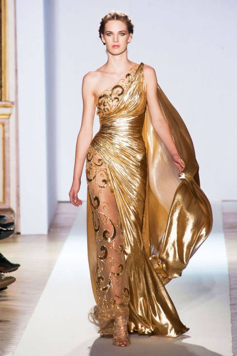 Can we say WHOA GREEK GODDESS    Zuhair Murad Spring 2013 Couture Runway - Zuhair Murad Haute Couture Collection - ELLE