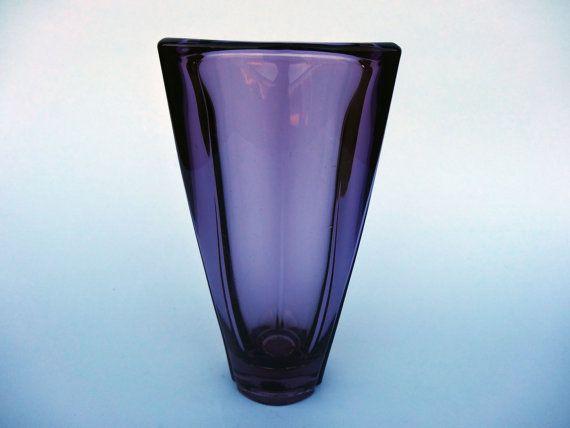 Václav Hanus 1950 Purple sklenené vázy - Sklo Union, Rudolfova Huť - Tlačené sklenené vázy - české sklo váza - Mid storočia domáce výzdoba váza