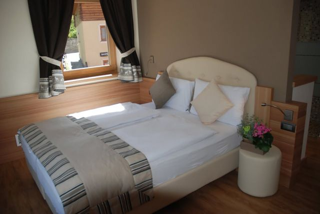 http://www.hotel-livigno.com/hotel-dettaglio/106/Hotel-B-B-Bondi