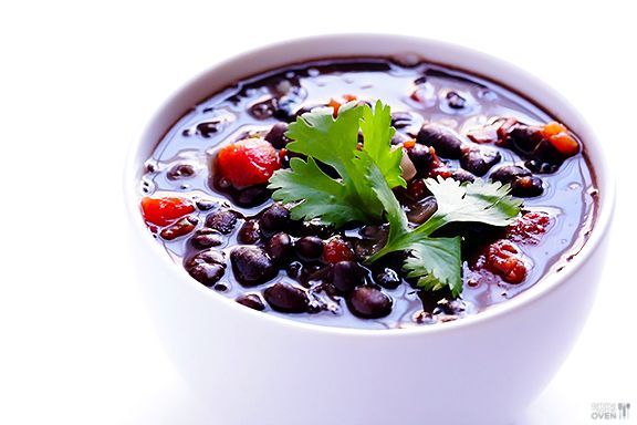 TRIED 5 Ingredient Black Bean Soup Recipe -- full of amazing flavor, and ready to go in just 20 minutes! gimmesomeoven.com