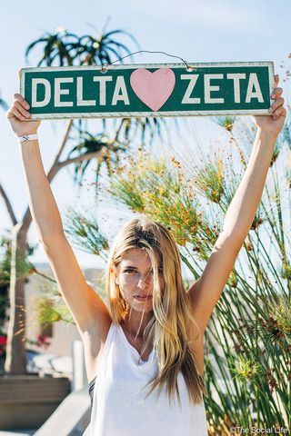Delta Zeta Weathered Sign | The Social Life