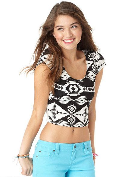 Clothes For Teenage Girls Winter Are you looking for some winter outfits for teenage girls. For youngschool and college girls? Cute winter clothes that suit young girls. It was very hard for fashion designers to formulate teen girls clothing trends