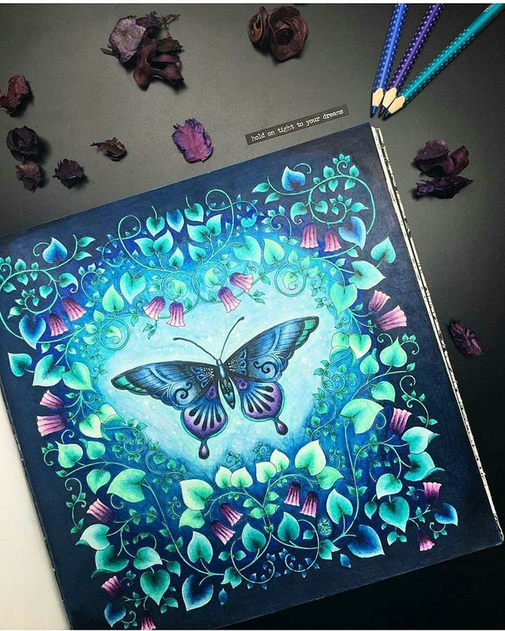 Art by @black_aneri  Genteeeeee que colorido magnífico é esse??? Tô encantada com tudo!!!!!! Sensacional ❤ esse colorido é sem dúvida nenhuma um dos mais lindos que já vi ❤❤❤ #colorindomeujardimencantado #LoveIn30Languages  #mycreativeescape #mandala  #johannabasford #secretgarden  #FlorestaEncantada #enchantedforest #adultcoloringbook #jardimdosbroder  #fabercastell #maped #staedtler  #mapedcolorpeps #fabercastellbrasil #poly...