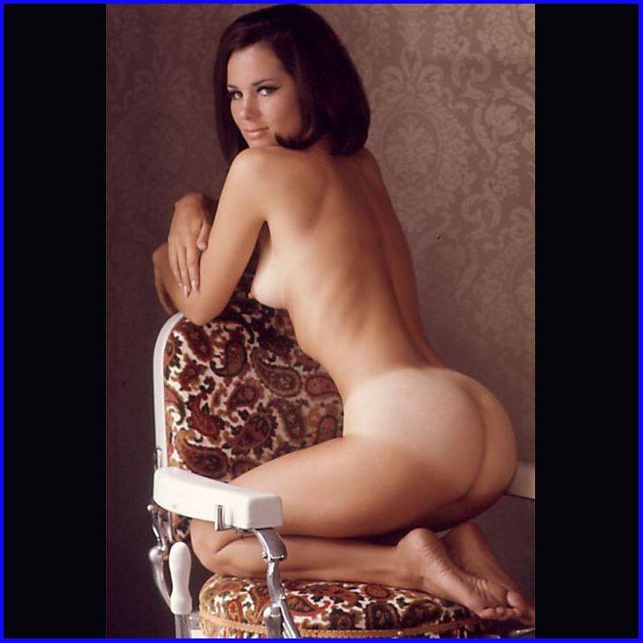 Nude Young Girl Bear
