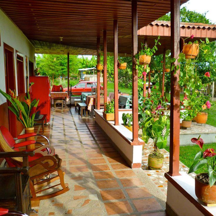Finca tradicional en el Quindío Vacaciones con recorridos cafeteros, frutas y guadua. Contacto ejecutivosyturismo@gmail.com