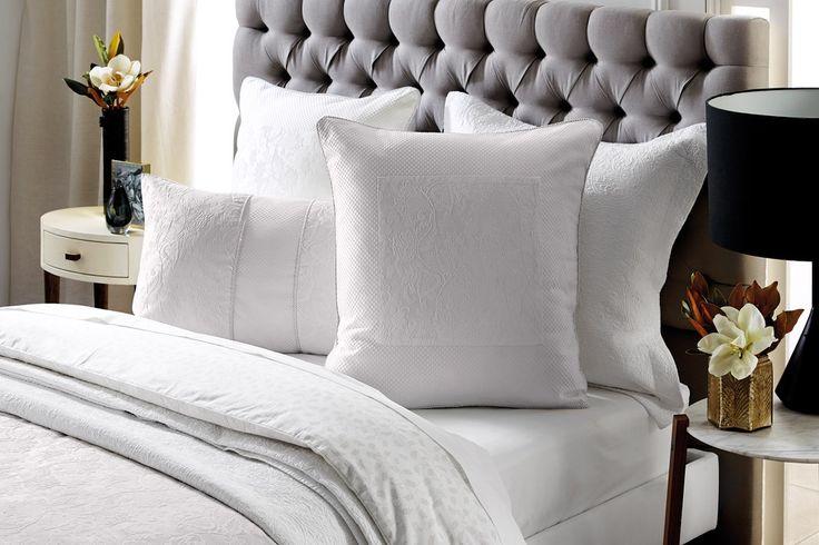 BedNest Oxford Bedhead displaying Sheridan Berridge European Pillowcase