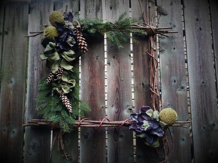 "Cecilia - Christmas wreath ""Made in Paris"" by Regine Hervy"