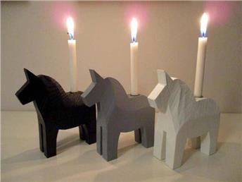 ~ Julljusstakar/ljusstakar i trä dalahästar ~