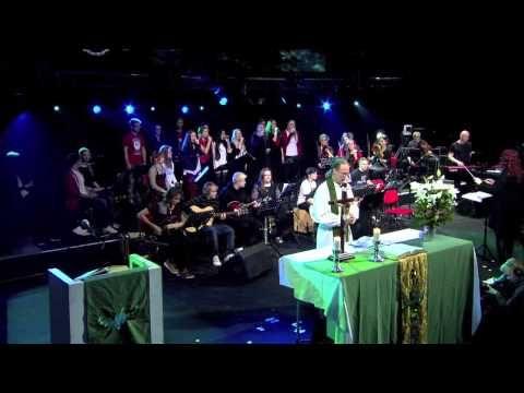 SRO Musalinja - Herraa hyvää kiittäkää MNF 2013 - YouTube
