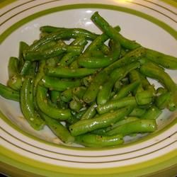 Garlic Green Beans (low carb).  Made this and it was delicious!