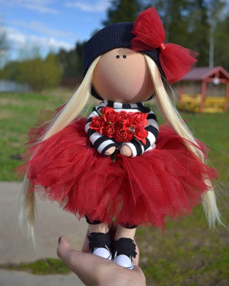 "475 Me gusta, 10 comentarios - Катя (@mi.mi.doll) en Instagram: ""#куклаизткани#куклаинтерьерная#кукланазаказ#куклатекстильная#кукларучнойработы#кукларучнаяработа#интерьернаякукла…"""