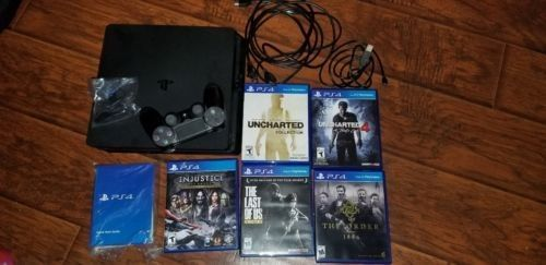 Sony PlayStation 4 500GB Console bundle excellent condition