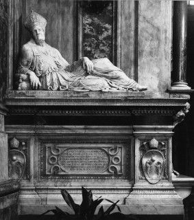 Tomb of Bishop Angelo Marzi-Medici (S. Annunziata, Florence) by Francesco da Sangallo