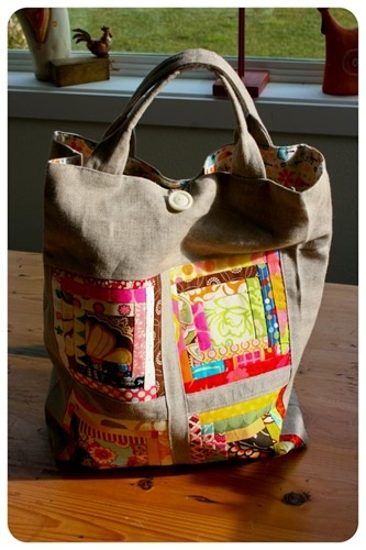 """colorful log cabin bag I had to find and follow you Lori W.!  When I saw this I said, """"Oh! Here's one for Lori!""""  I love this bag!  Isn't it great?!"""