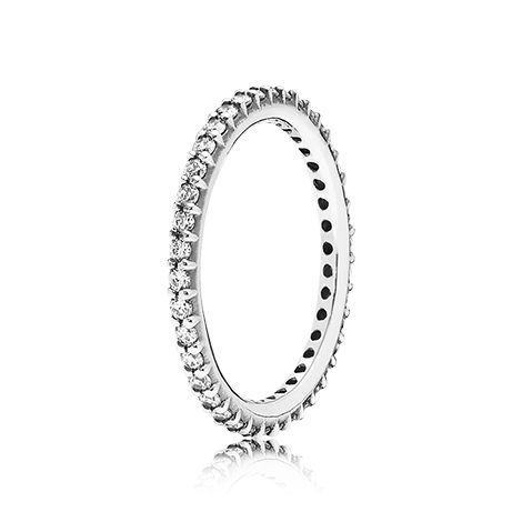 Pandora Ring All I need to do is hunt this down in my size and then it will be mine. Would want it for middle finger!