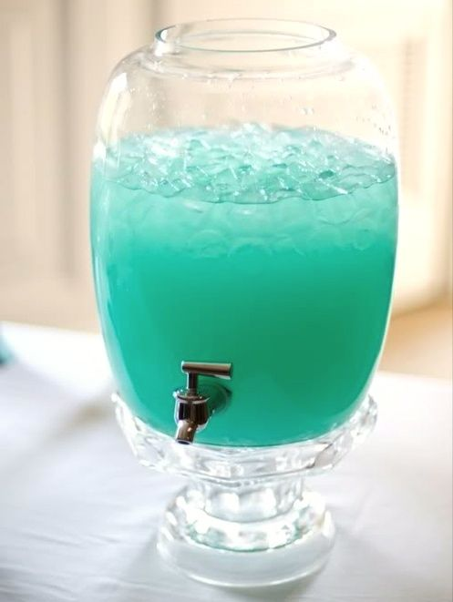 Frozen Lemonade. 10 disney-frozen-fun-food-ideas here!