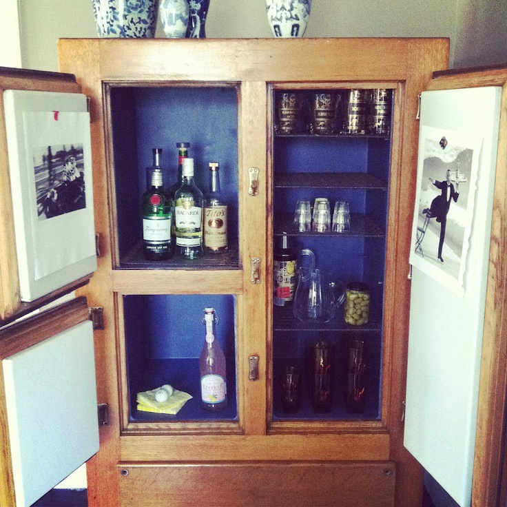 old ice box turned bar: Icebox Bar, Boxes Turning, Boxes Ideas, Laughing Starfish, Bar Ideas, Boxes Bar, Bar Carts, Antiques Ice, Ice Boxes