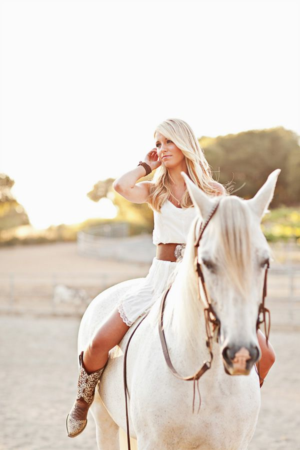 senior gal with her horse...love pose....................would totally do this