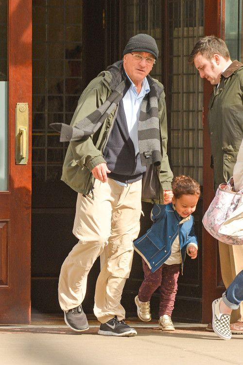 Robert De Niro: Hand-In-Hand With Helen...........   >> thank goodness there are some great actors who name their children with a normal name! How refreshing Robert!.. he sure does love kids too.. this is his.6th I think... Isn't she cute