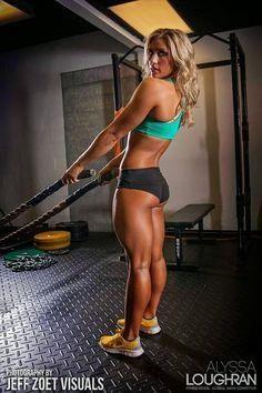 - WOMEN's muscular A - WOMEN's muscular ATHLETIC LEGS especially CALVES - daily update!: Strong Fit girls with muscular Calves