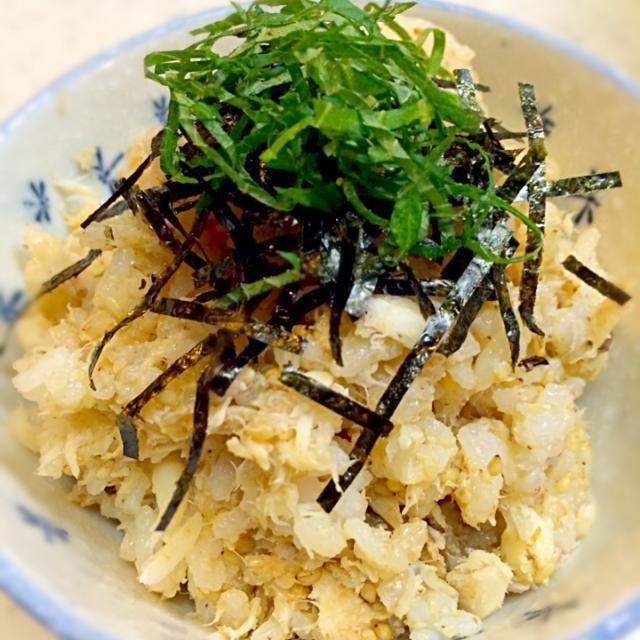 お食い初めの鯛の塩焼きを簡単リメイク(*´艸`*) 簡単なのに美味しいです♡ 骨と頭はお吸い物にしました(^^;; - 11件のもぐもぐ - お食い初めの鯛の塩焼きの残りで 簡単鯛めし♫ by sachiko005