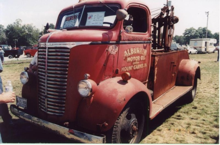 Just a Car Guy: I love tow trucks. I love COEs (cab over engine)... and streamlined anything are cool.. so the streamlined COE tow trucks are pretty much the peak of the genre