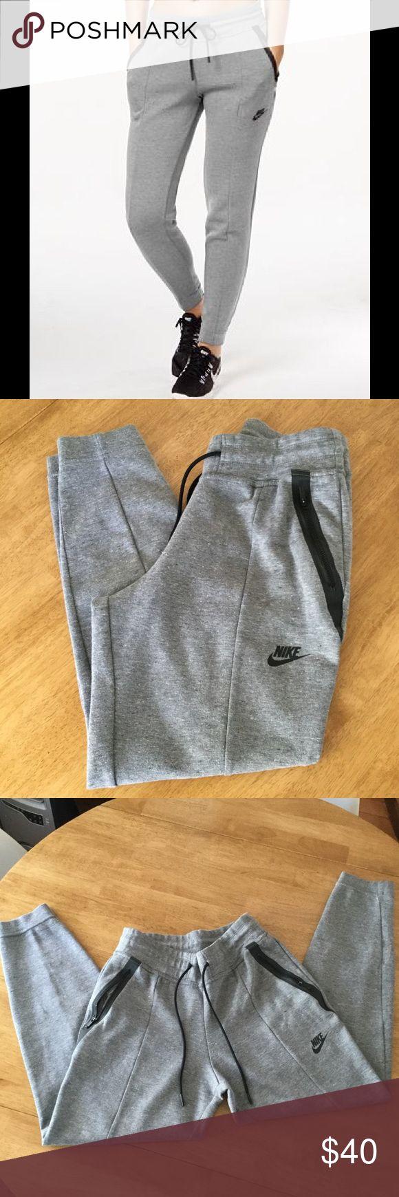 Nike Tech Fleece Sweatpants NWOT: Mid rise. Slim fit. Drawstring Nike Pants Track Pants & Joggers