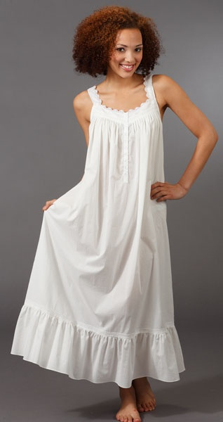 nightgown - looks so comfy and feminine