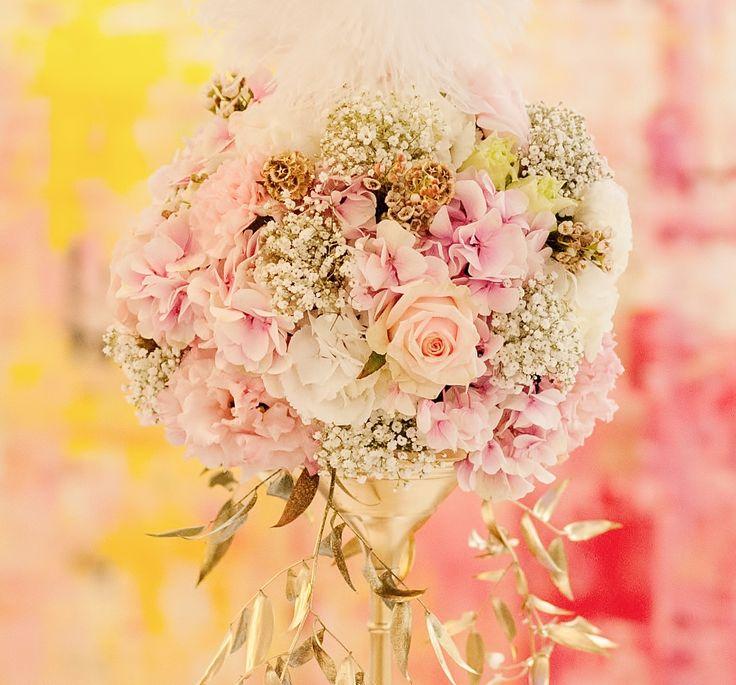 Boule de fleurs rose pêche doré www.chezfleur.fr