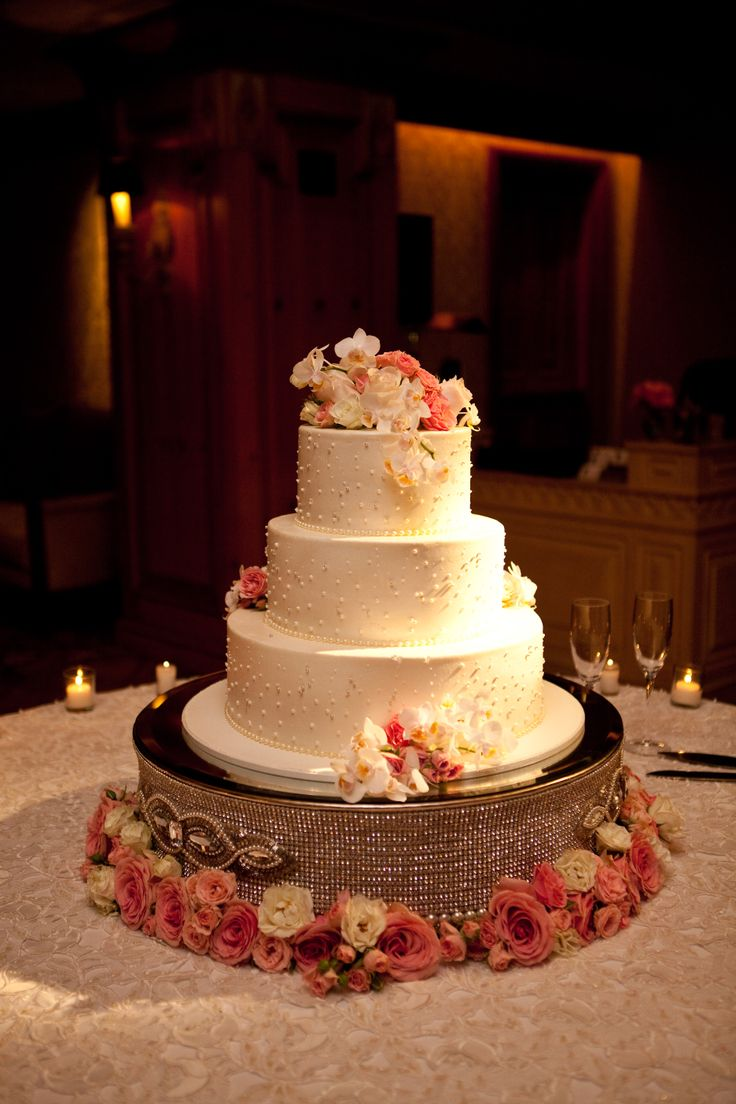 wedding cake riser 17 best images about cake riser on wedding 8732
