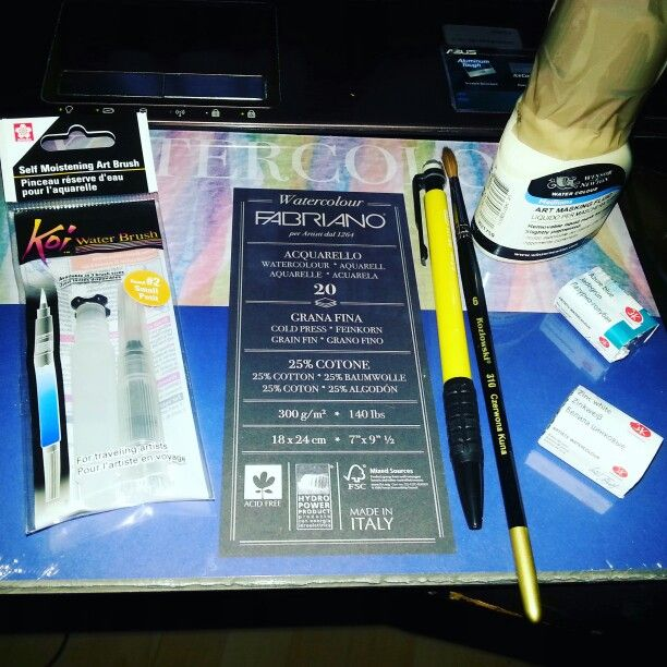 Gift from my boyfriend for my birthday :) art supplies! Fabriano, sakura and so on :3