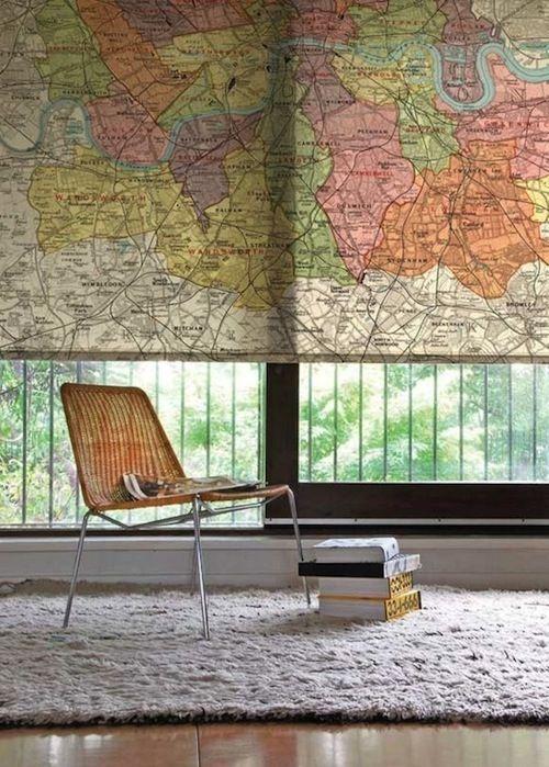 Estor enrollable con mapa mundi impreso. Fuente: http://interiorsbystudiom.com/