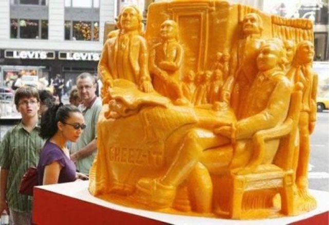 STRANGE FOOD ART - AMAZING CHEESE SCULPTURE SPONSORED BY CHEEZE-ITS!!