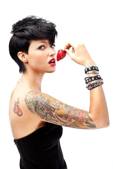 .: Girls Crushes, Ruby Rose, Tattooink, Wild Hair, Black Hair, Hair Tattoo, Tattoo Ink, Shorts Cut, Shorts Hairstyles