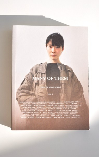 Many of them  Fashion photography and discussions.  Ltd, ed 1000 copies