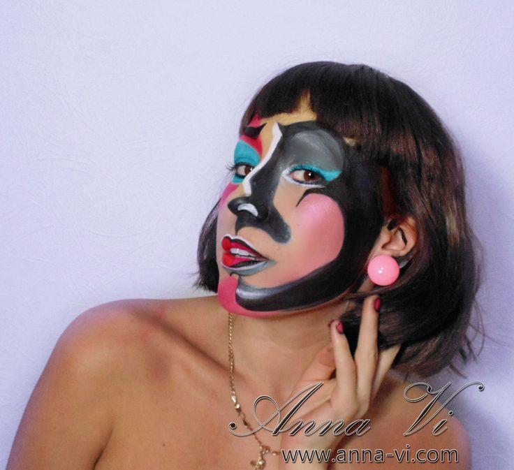 Creative makeup Pop Art Comics Makeup MuaH: Anna Vi